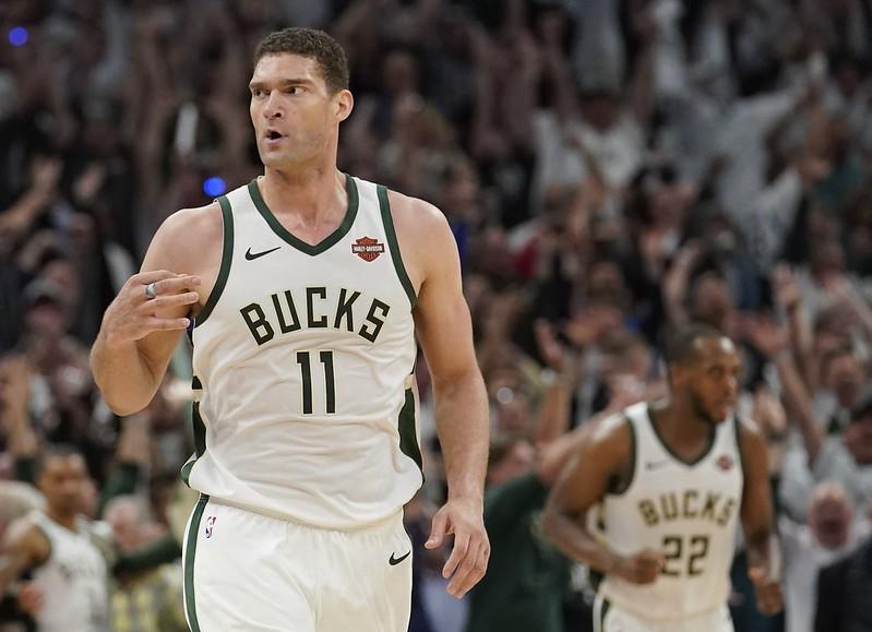 〈NBA東冠G1〉Lopez跳出貢獻 公鹿東冠首戰逆轉暴龍〔TSNA〕