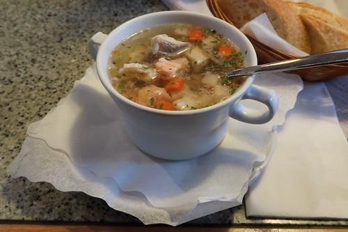 Friesische Fischsuppe (im Fischrestaurant Helgoland in Osnabrück)