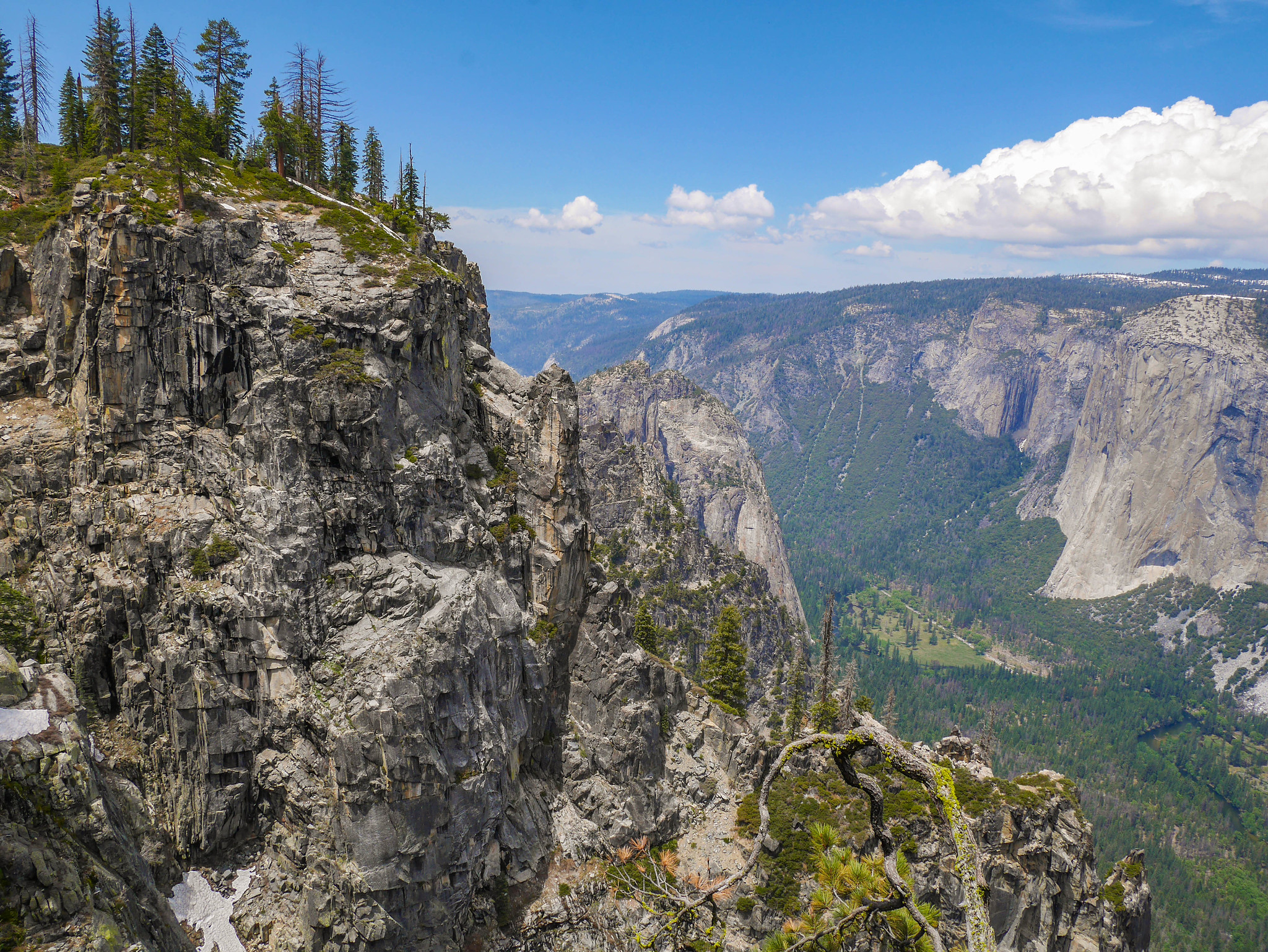 Nearing Taft Point