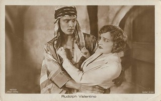 Agnes Ayres and Rudolph Valentino in The Sheik