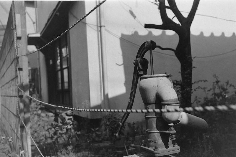 196LeicaM2 Summaron 35mm f35 Kodak 400TX 南池袋