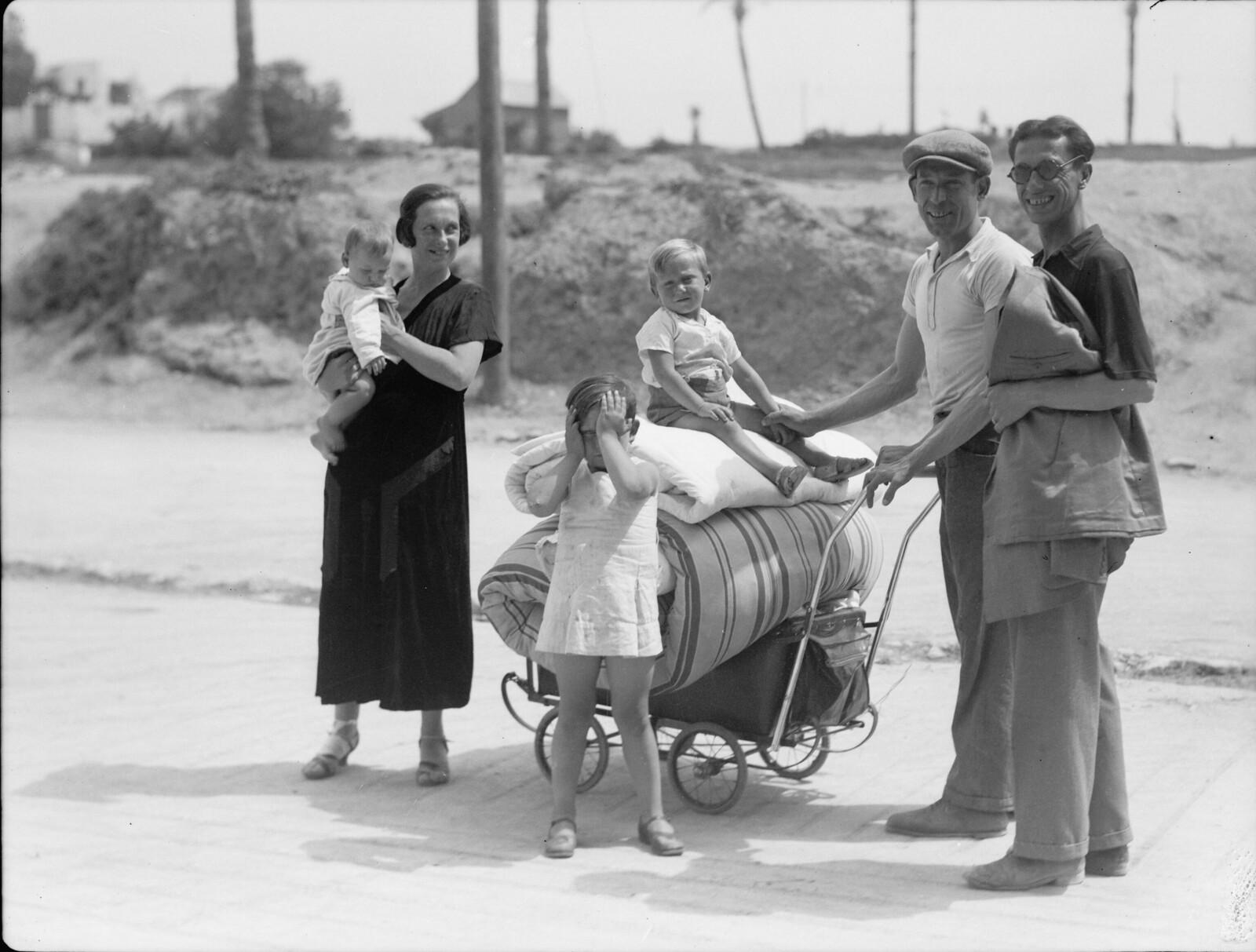 18. Яффо. Евреи выходят из опасной зоны