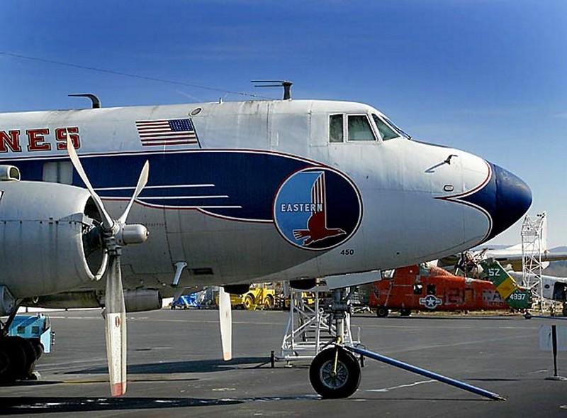 Martin 404 Airliner Silver Falcon 00010