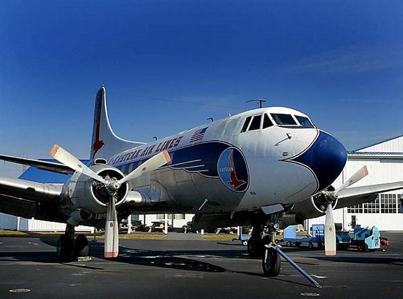 Martin 404 Airliner Silver Falcon 00008