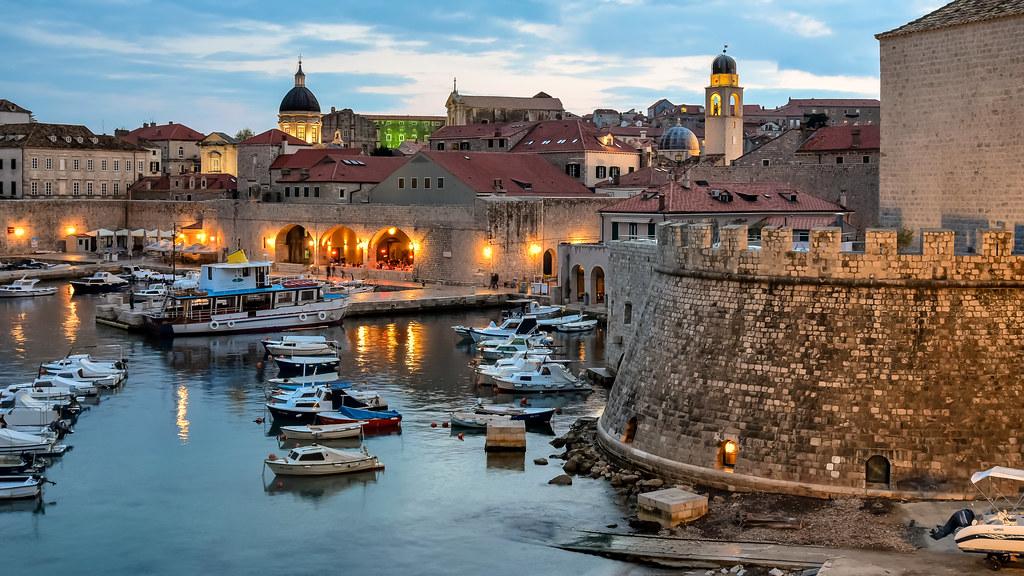 Dubrovnik al crepuscolo
