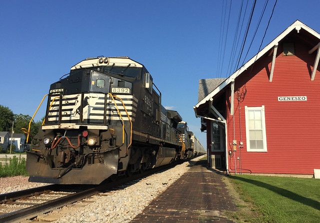 NS 8392 West by the Geneseo Station