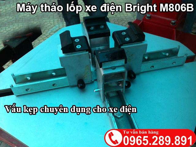 May thao lop xe tay ga M806B - 3