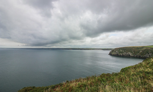 andygocher canon100d europe wales westwales southwales pembrokeshire coastalpath stbridesbay clouds water sea seascape landscape weather