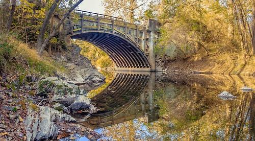 cocanal tonolowaycreekaqueduct autumn fall reflectionsinwater aqueduct