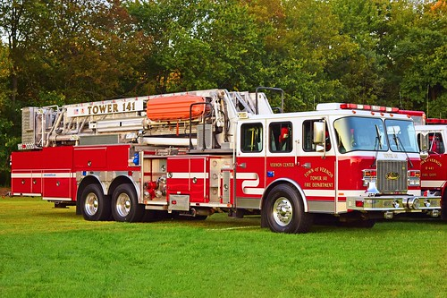 eone tower ladder vernon ct parade fire truck apparatus connecticut