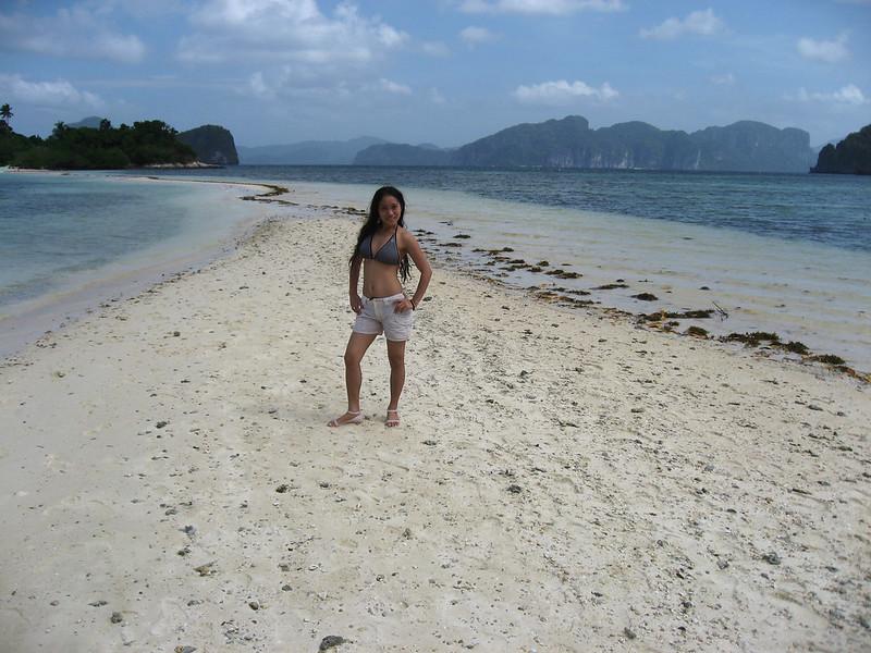 Snake island sand bar in Bacuit bay