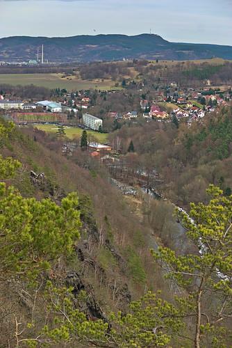 aussicht badblankenburg deutschland landschaft schwarzatal schwarza valley river ingoklippe thuringia thüringen darktable samsungnx