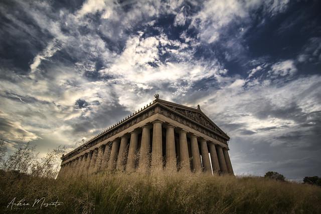 The Parthenon in Centennial Park - Nashville (Tennessee)