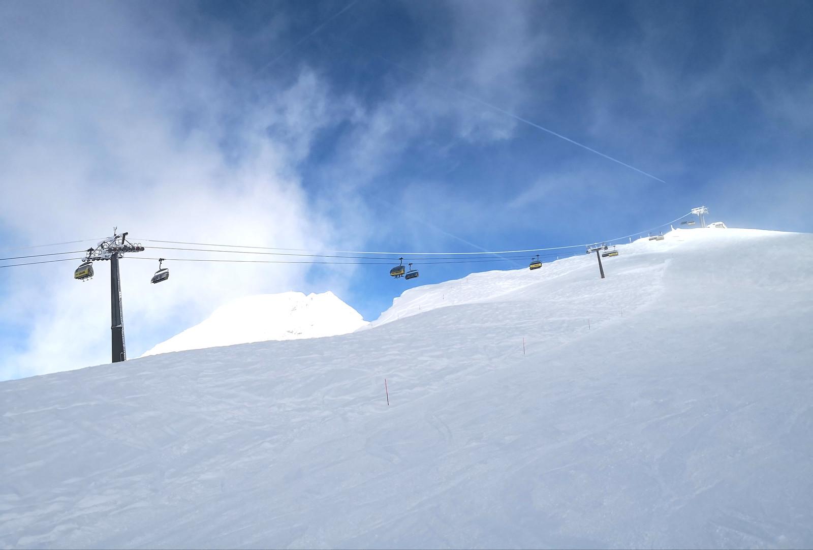 Intermediate slopes at Hochsträss