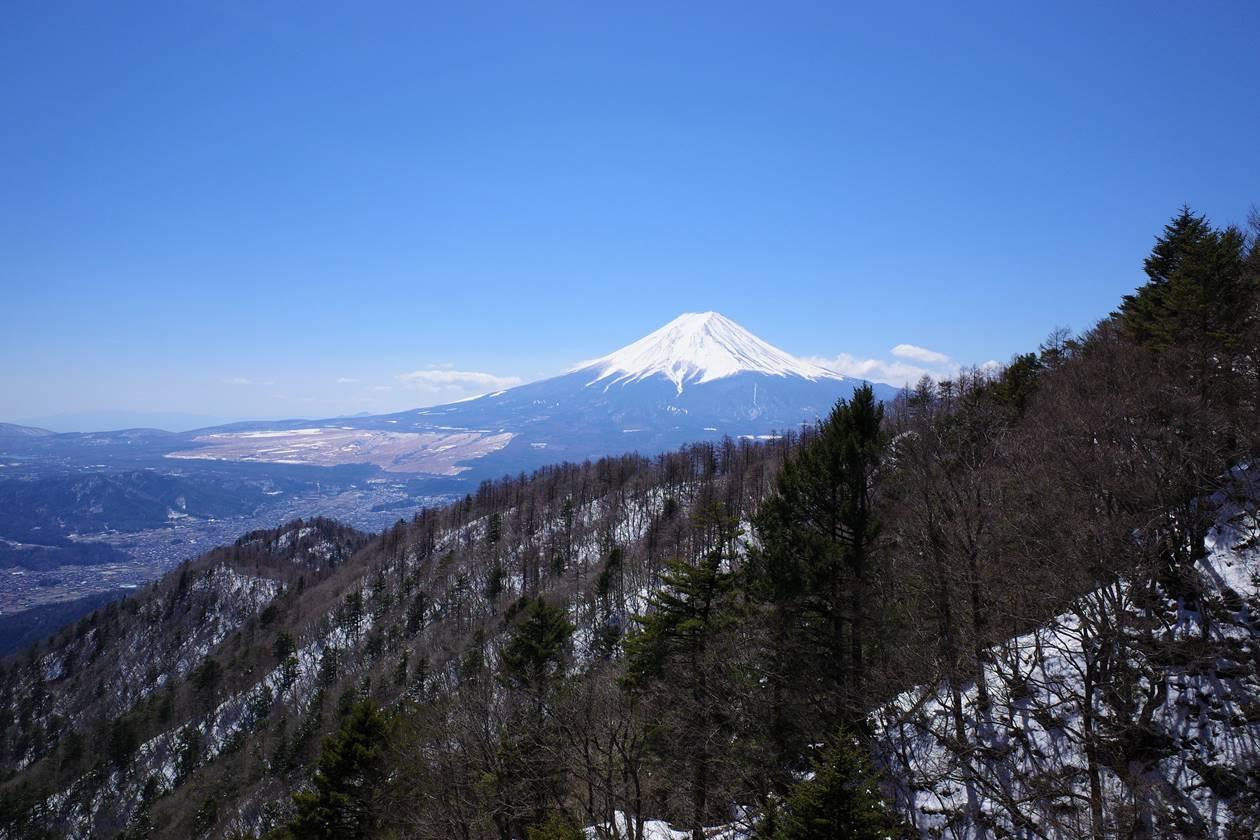 三ッ峠山展望デッキからの富士山