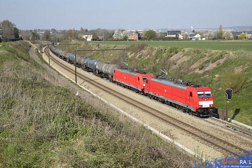 186 330 + 186 328 . DB Cargo . E 47061 . Berneau . 15.04.19.