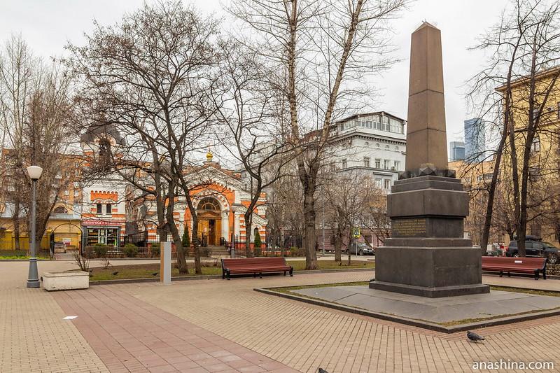 Обелиск, Кутузовская изба, Москва, Фили