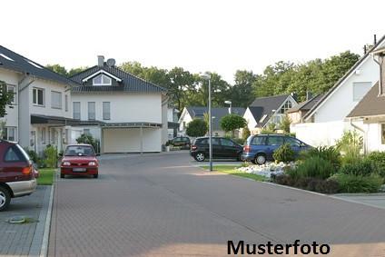 Zwangsversteigerung Haus, Eisenbahnstraße in Kraichtal | by nmvpdqzv82
