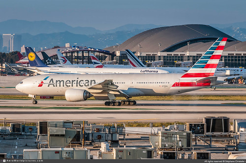 [LAX.2019] #American.Airlines #AA #Boeing #B777 #N798AN #awp