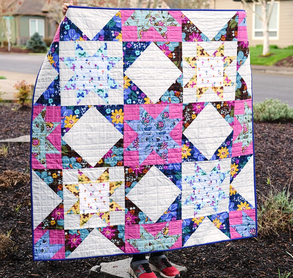Dilly Dahlia Giant Block Quilt