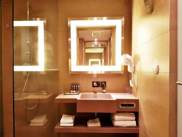 Novotel Melaka 03 - Bathroom