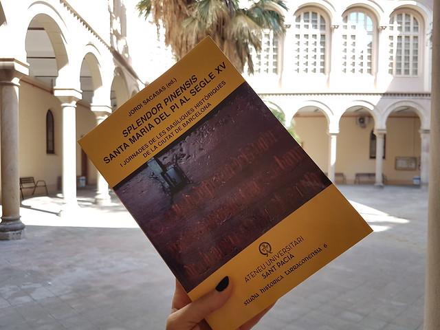 Publicacions Sant Pacià Books