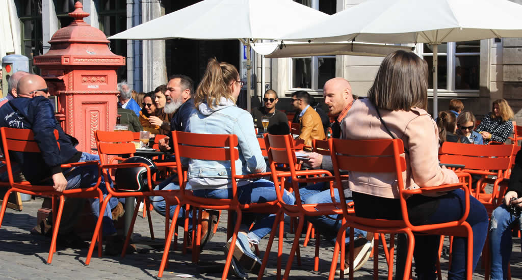 Weekendje Mons, België: Grand Place | Mooistestedentrips.nl