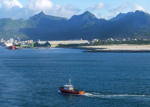 пейзаж landscape гора небо облако mountain sky cloud море океан sea ocean dmilokt порт port корабль ship