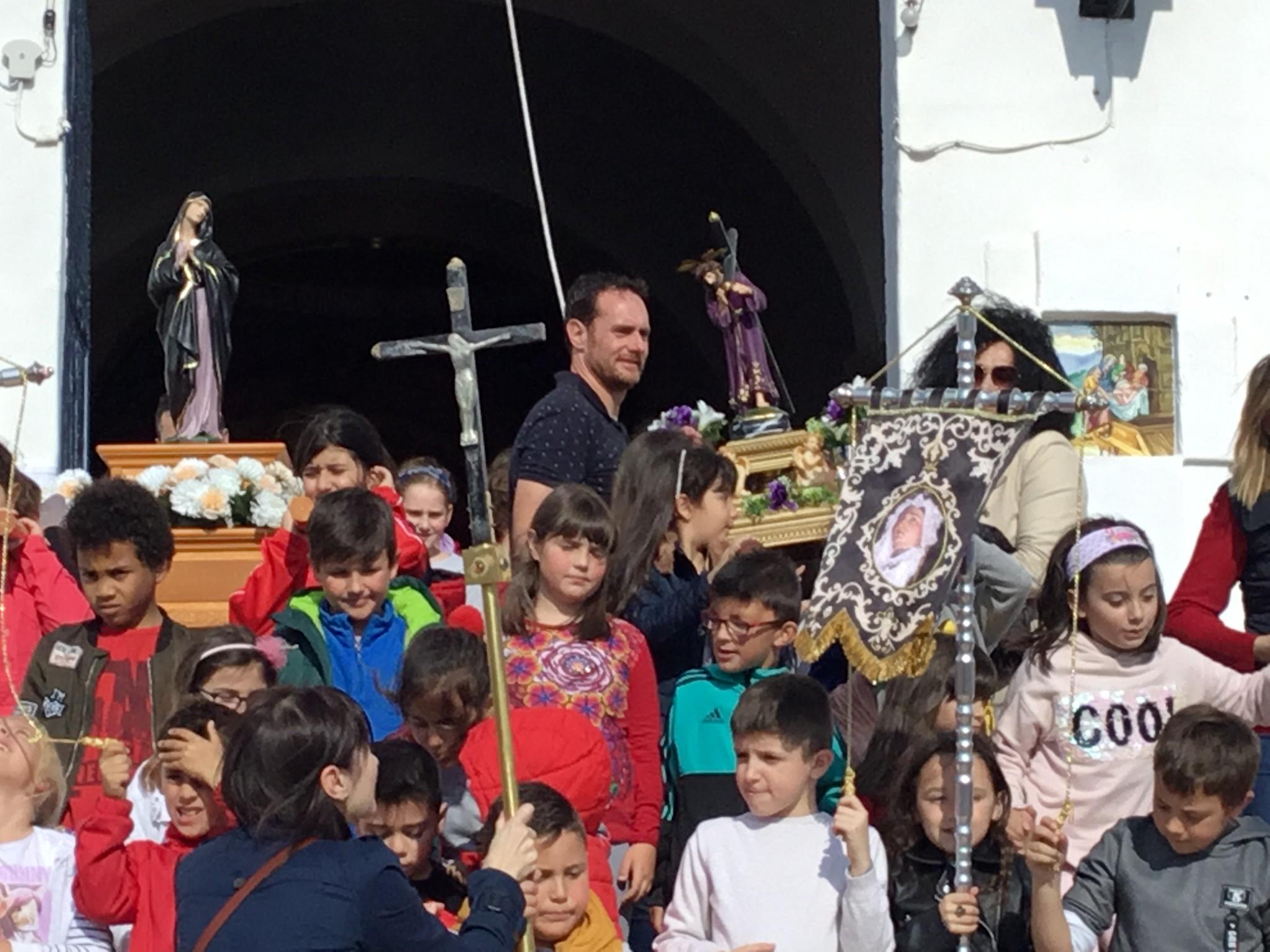(2019-04-12) - III Vía Crucis jóvenes - Diario el Carrer (20)