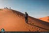 Passeggiando sulle dune del deserto del Marocco