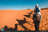 Passeggiata nel deserto coi dromedari