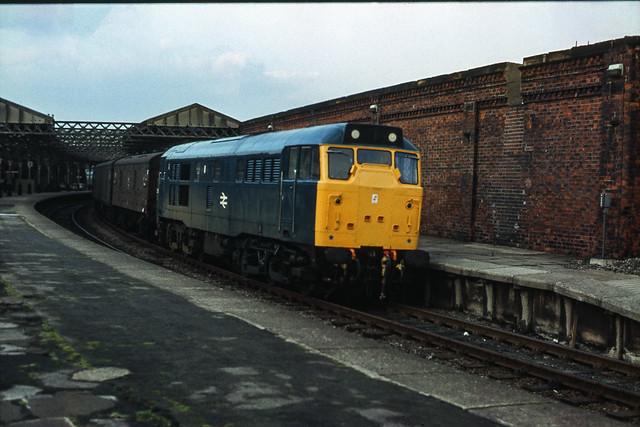 Class 31/1 no 31206 @ Hartlepool, 27/10/1979 [slide 7919]