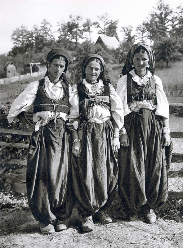 Девушки в Бусоваче