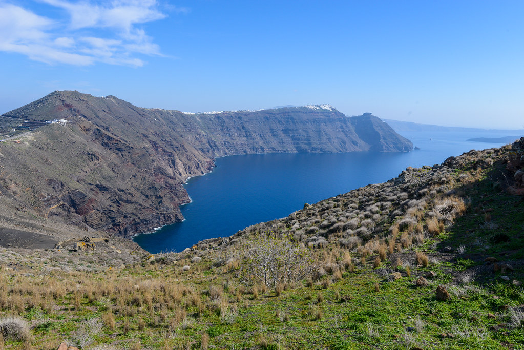 Santorini Caldera hiking trail | Santorini is one of the Cyc… | Flickr