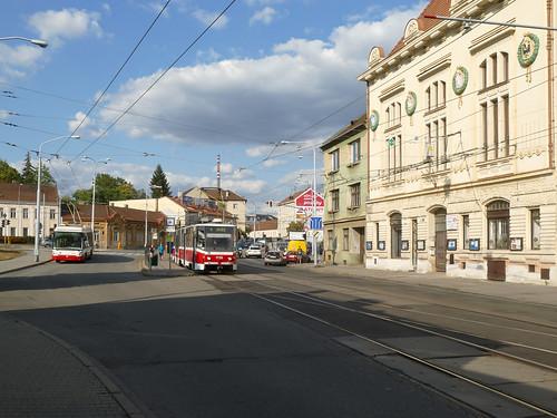 3610 und 1726 an der provisorischen Endstelle Tomkovo náměstí | by Entenfang1