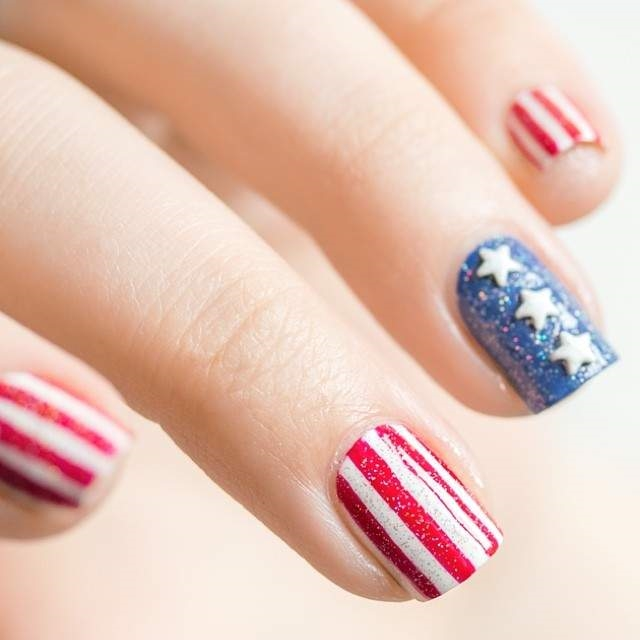 Summer Nail Designs for the 4th of July