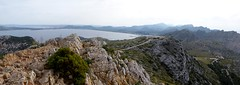 Formentor (Mallorca-España). Vista panorámica de la bahía de Pollensa desde  la Talaia d´Albercutx