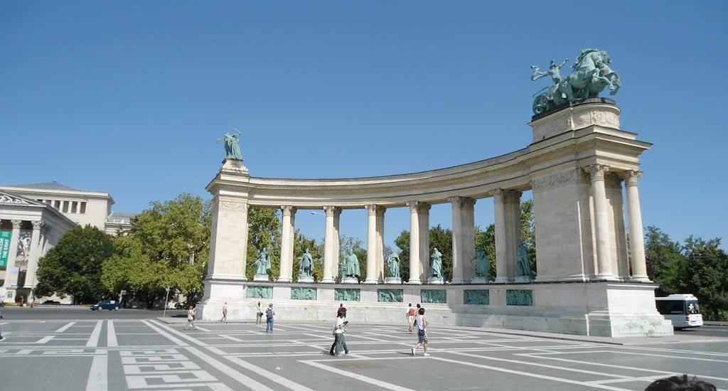 Gratis bezienswaardigheden Boedapest: Heldenplein | Mooistestedentrips.nl