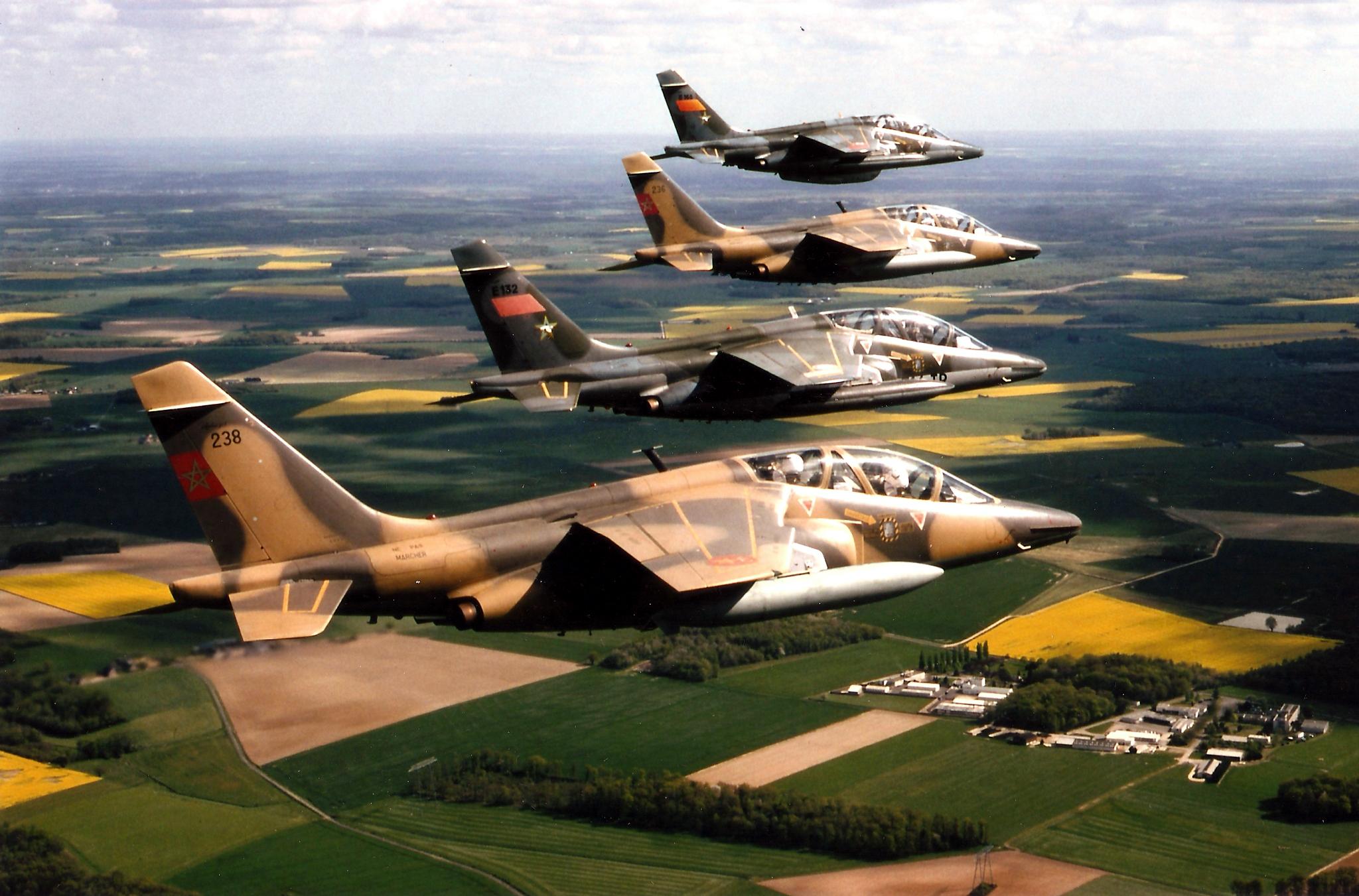 FRA: Photos avions d'entrainement et anti insurrection - Page 9 40707915633_9f5423bce7_o