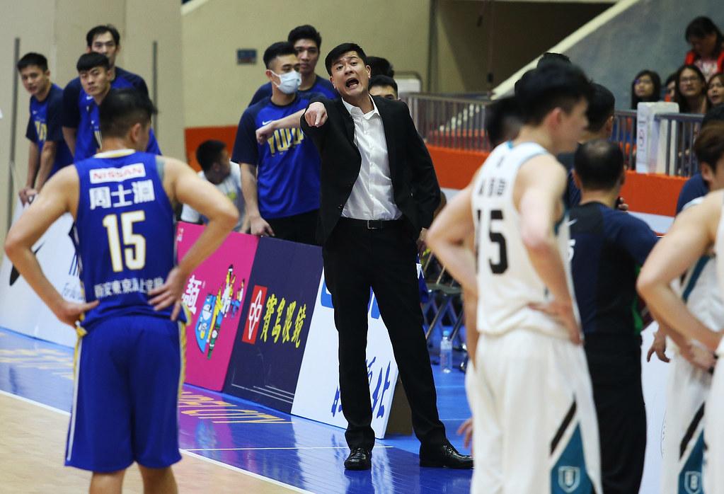 裕隆教練李啟億。(籃協提供)