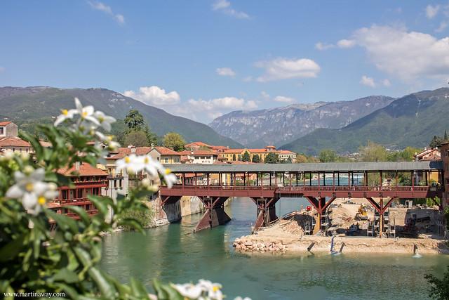 Ponte degli Alpini visto da Palazzo Sturm