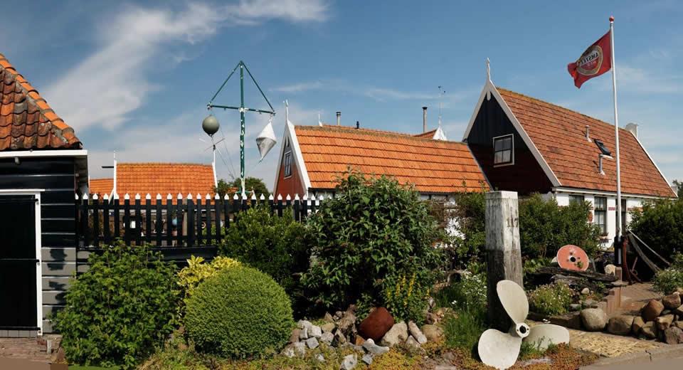 Texel, The Netherlands: De Ruyterstraat in Oudeschild   Your Dutch Guide