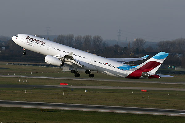 Eurowings A330-200 (1) (Lufthansa)