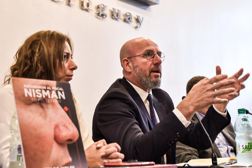 """Presentación del libro """"Asesinaron al fiscal Nisman. Yo fui testigo"""""""