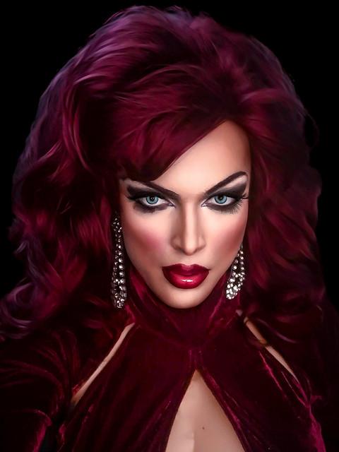 Glamour portrait, redhead