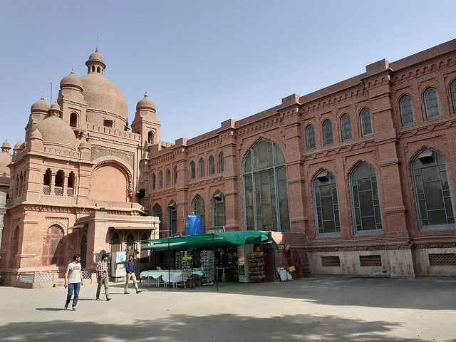 Lahore Museum mobile photography
