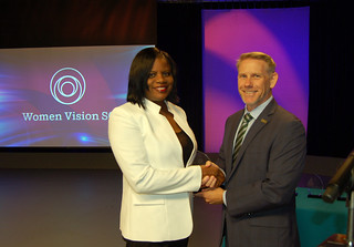 Wed, 2019-04-24 07:06 - Pictured left to right: 'Women Vision S.C.' award recipient Karen Alexander and SCETV President and CEO Anthony Padgett.