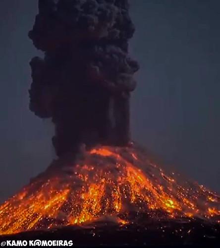 erupcion del popocatepetl