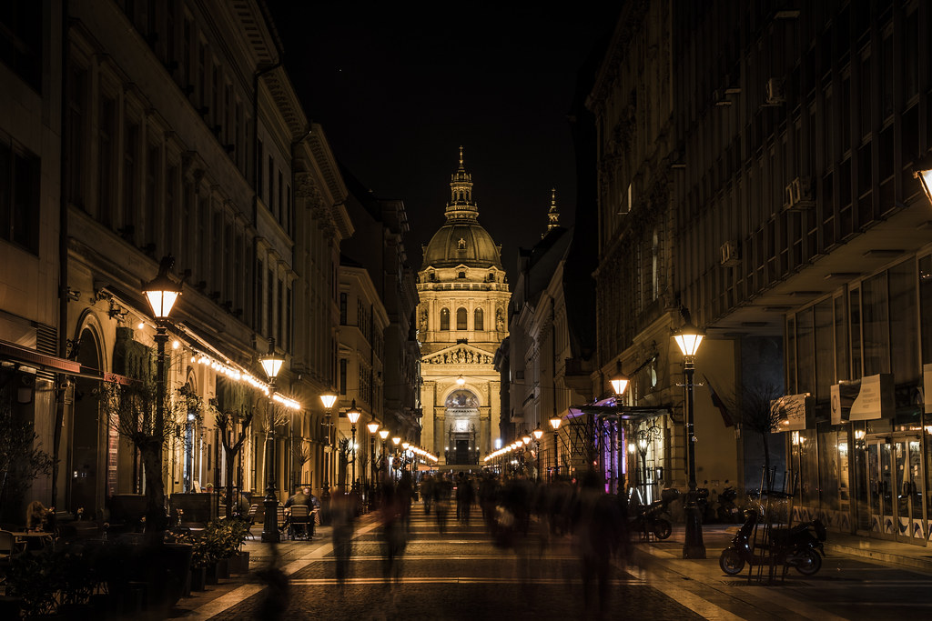 Street shot with St.Stephen's Basilica