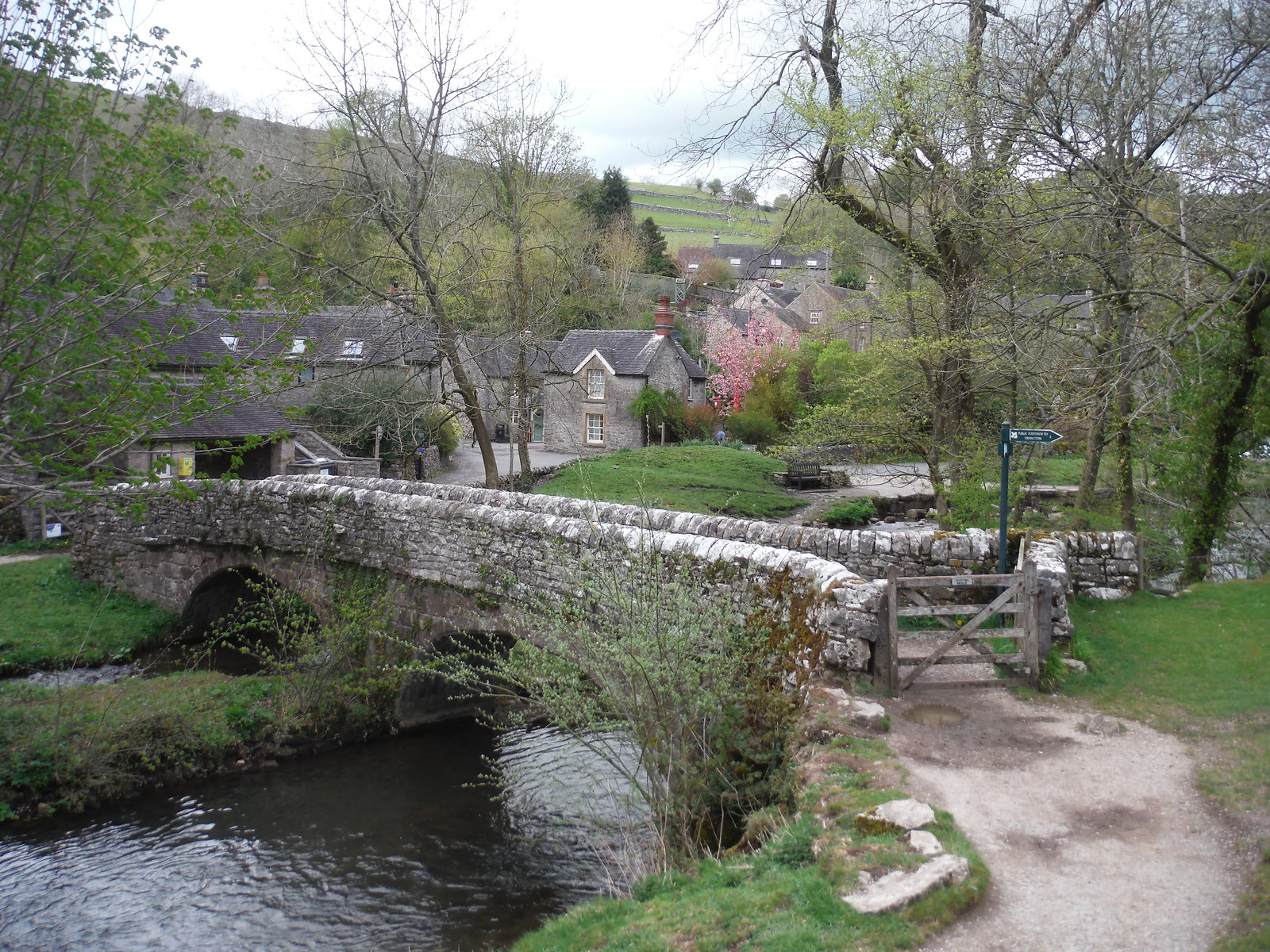Viator's Bridge and Milldale Hamlet SWC Walk 326 - Dovedale (Ashbourne Circular) [Long Version via Alstonefield]
